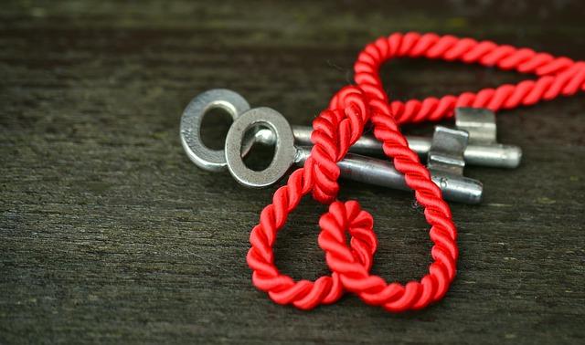 key-2092166_640