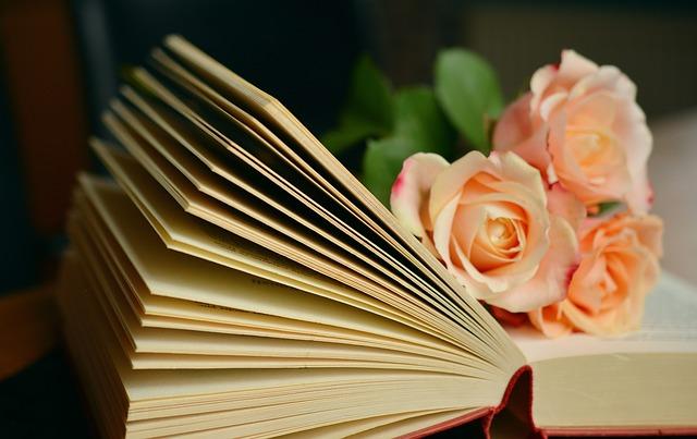 Bücher sind wie Blumen. Bild: Pixabay